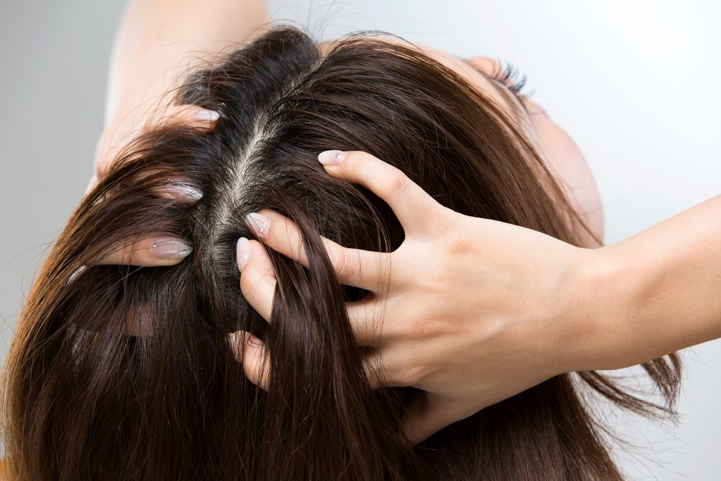 Massage Hair with Essential Oils